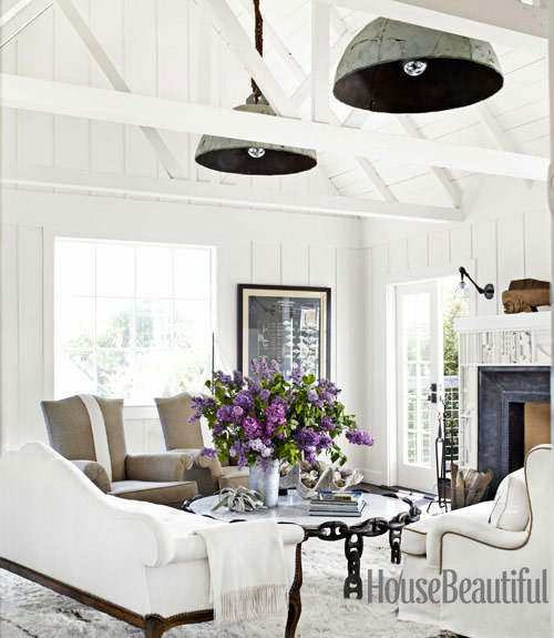 hanging-buoy-lights-white-arched-ceiling-living-room-0712-dempster02-xl