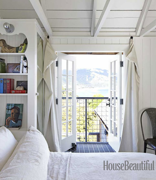 white-bedroom-juliet-balcony-0712-dempster21-xl