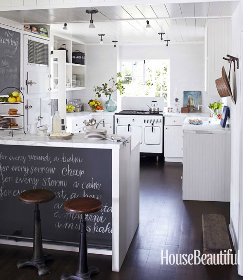 white-vintage-stove-blackboard-breakfast-bar-kitchen-0712dempster04-xl