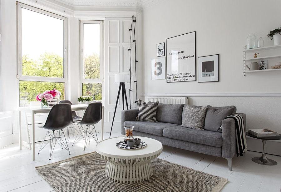 The-black-and-white-home-of-Deborah-Gordon-2